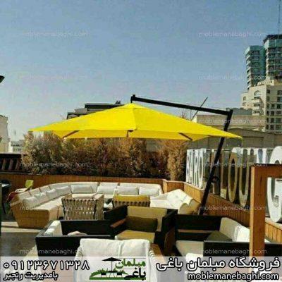 چتر و سایبان باغی زیبا روی پشت بام منزل و تراس