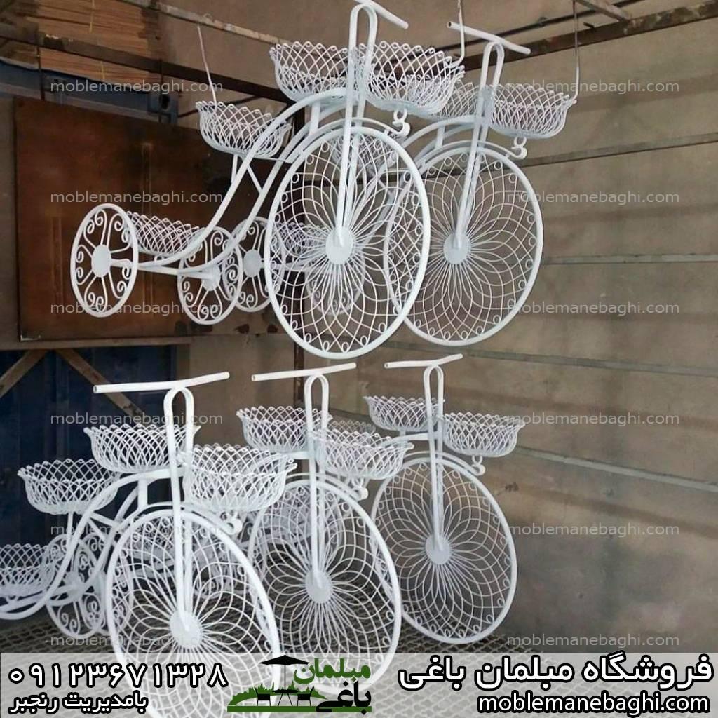 فلاورباکس دوچرخه فلزی رنگ سفید مناسب سه گلدان