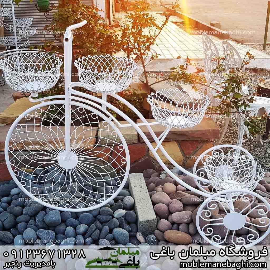 دوچرخه فلزی مناسب سه گلدان رنگ سفید