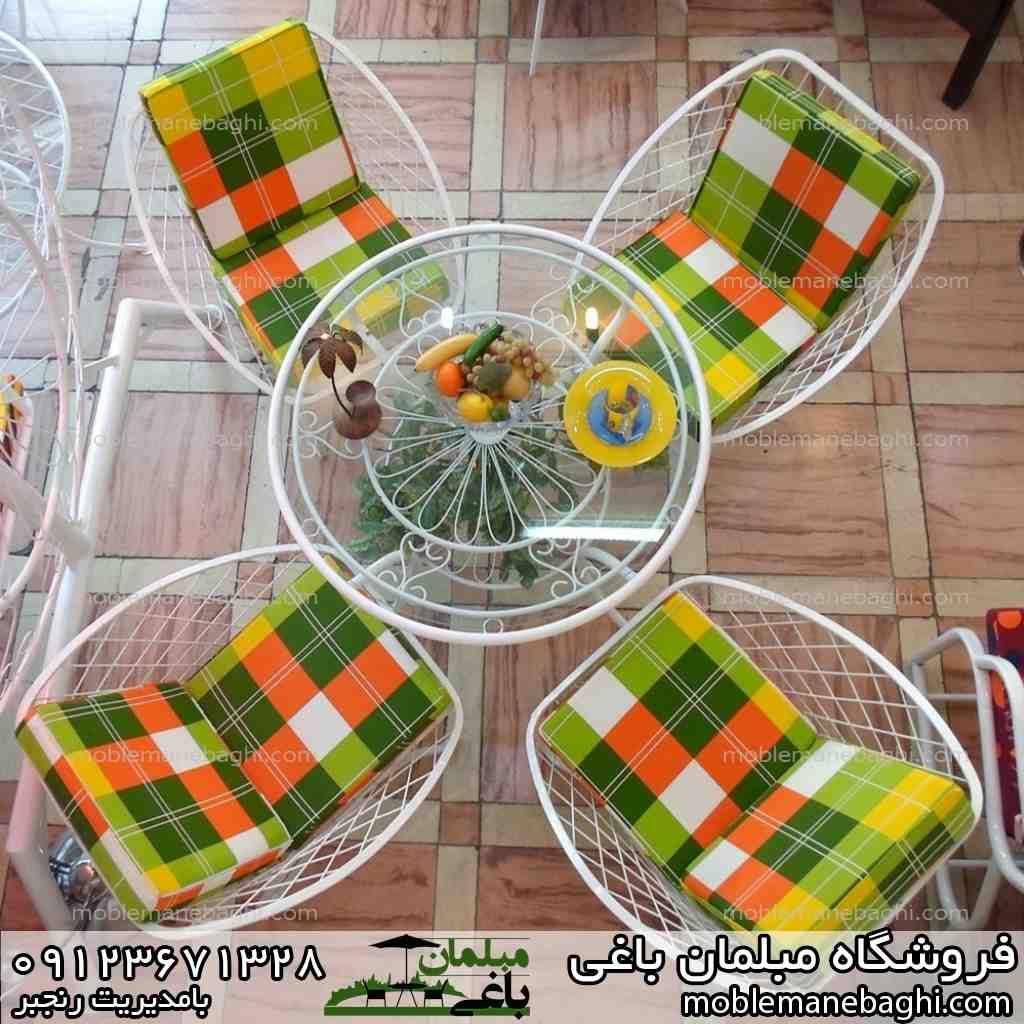 میز و صندلی مهتاب رنگ سبز و نارنجی مناسب باغ و ویلا