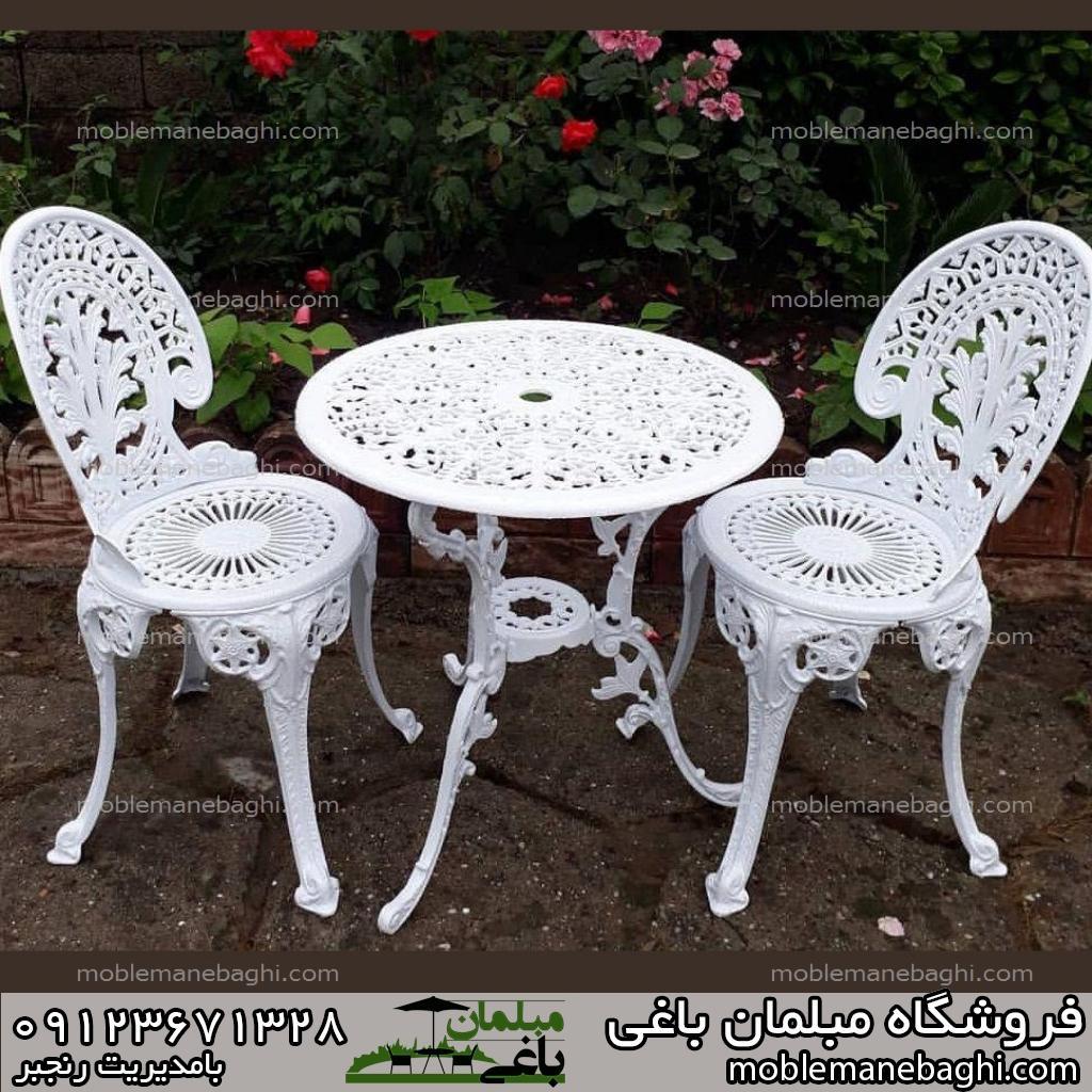 میز و صندلی طاووسی مبلمان باغی طاووسی دونفره سفید رنگ