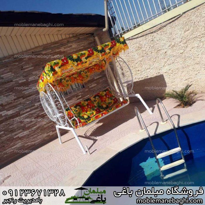 تاب باغی ویلایی مدل ماهواره ای یا گلبرگ در کنار استخر در یک ویلای شیک با تجهیزات مبلمان ویلایی