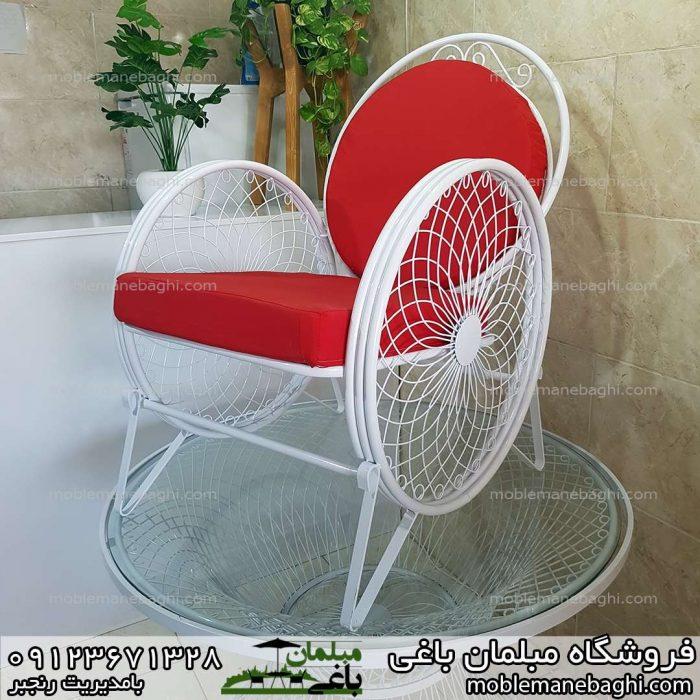 صندلی فضای باز گلبرگ یا کالسکه ای بسیار باکیفیت با پارچه درجه یک قرمز