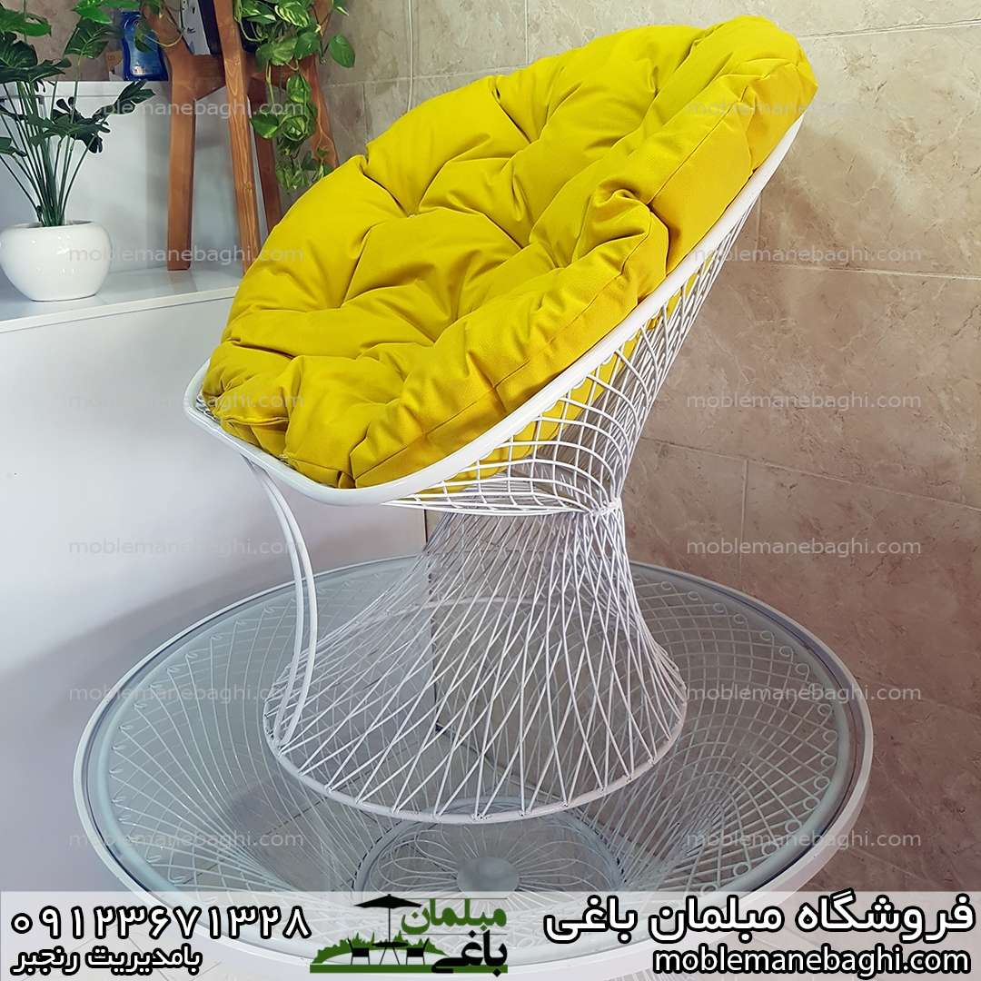 صندلی بامبو مخصوص فضای باز با پارچه مبلی درجه یک رنگ زرد خاص و لاکچری