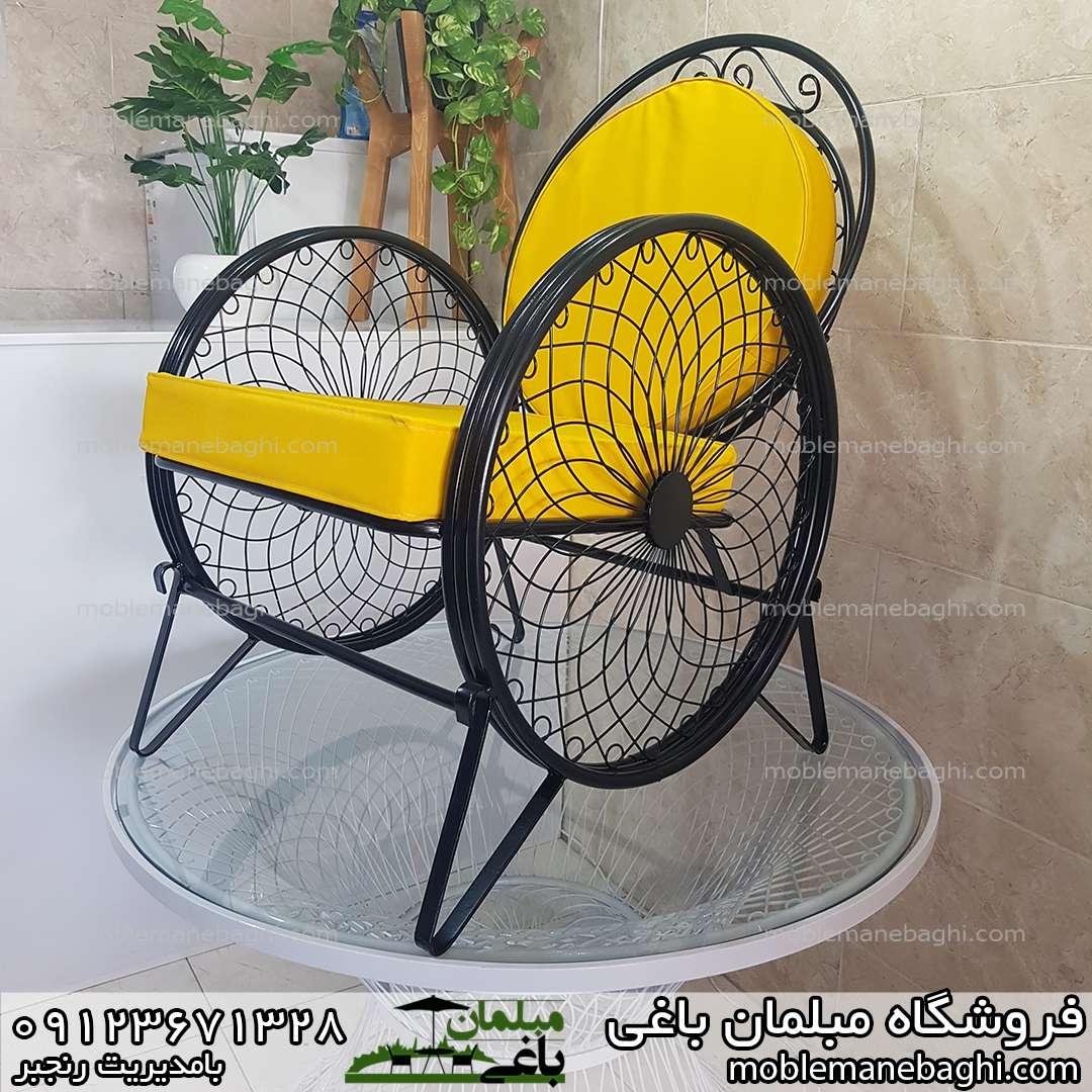 مبلمان ویلایی گلبرگ یا کالسکه ای رنگ زرد و مشکی خاص با پارچه ضدآب درجه یک مخصوص ویلا باغ حیاط فضای باز