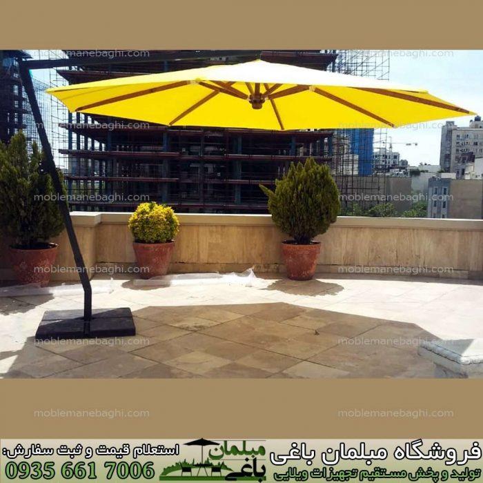 سایه بان باغی مدل چتر پایه کنار زرد رنگ در روف گاردن تهران بسیار باکیفیت و درجه یک سایه بان ویلایی چهارمتری طرح هشت ضلعی