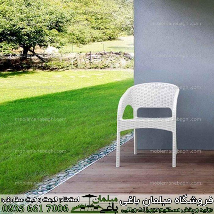 صندلی حصیری مدل صندلی ناصر پلاستیک کد991 مناسب رستوران فضای باز و آپارتمان و ویلا صندلی حصیری صندلی رستورانی باکیفیت و قیمت مناسب بسیار شیک و لاکچری رنگ سفید مخصوص فضای باز