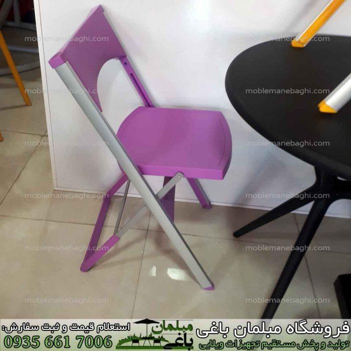 صندلی تاشو به همراه میز تاشو مخصوص مسافرت به رنگ بنفش یا یاسی با پایه های آلومینیومی بسیار باکیفیت در مرکز فروش صندلی تاشو مسافرتی درجه یک با قیمت مناسب