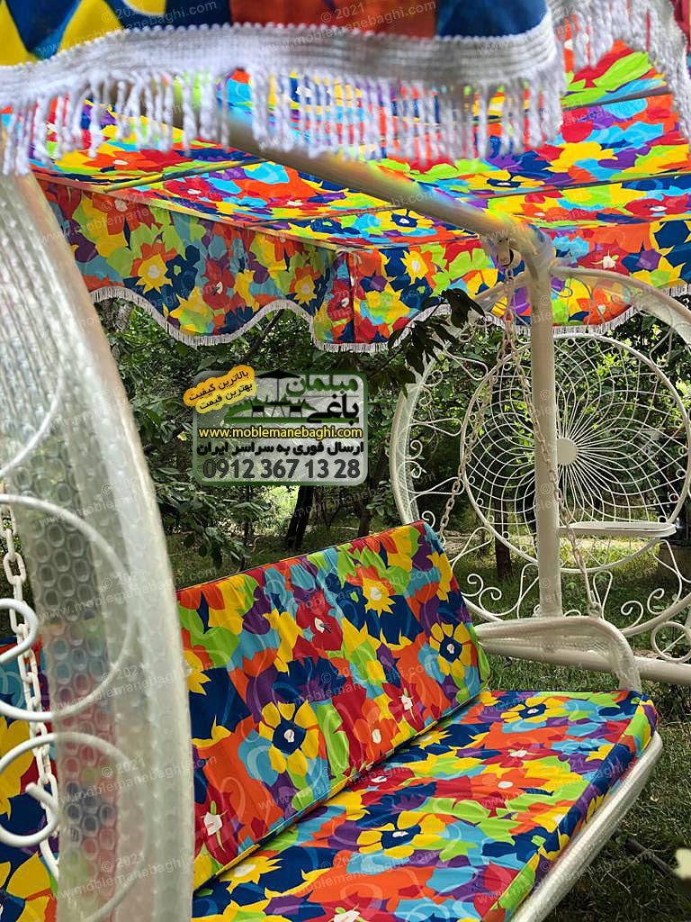 تاب باغی مدل گلبرگ یا ماهوارهای مناسب باغ و ویلا با تشک به رنگ آبی استخری واقع در باغی لاکچری در بومهن تهران ارسالی مشتری